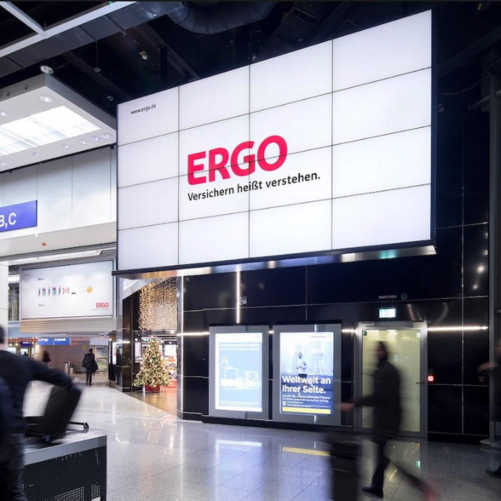 Screens Airport TV